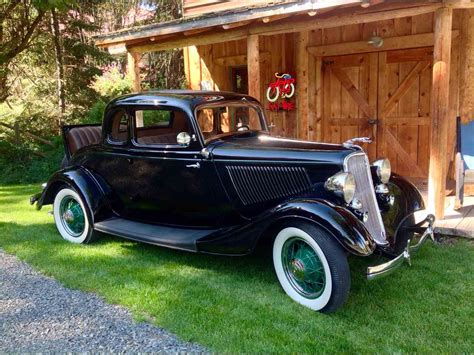 1933 Ford 5-Window Coupe for Sale | ClassicCars