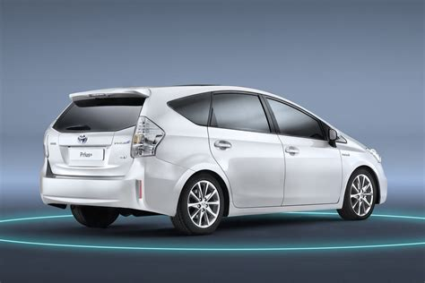 Toyota's 7-Seater Prius+ MPV to Launch in the UK in July