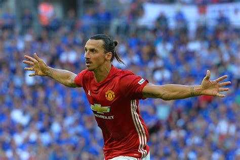 Ibrahimovic comes, sees and conquers | The Guardian